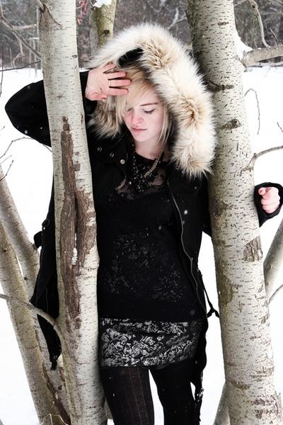 Topshop coat - H&M skirt - Ann Christine top - Richter shoes - next necklace - l