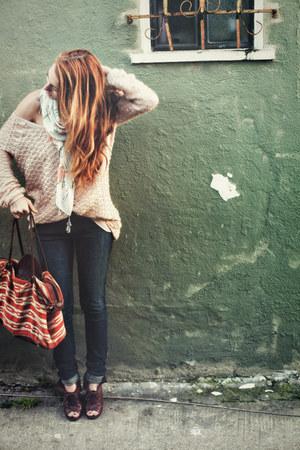 knit slouchy free people sweater - tasseled H&M scarf - tribal vintage bag