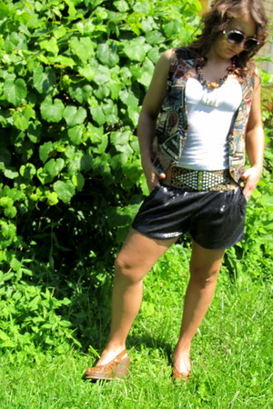 sequins Charlotte Russe shorts - Forever 21 sunglasses