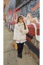 Black-leather-aldo-boots-eggshell-fox-fur-vintage-coat-nude-vintage-purse