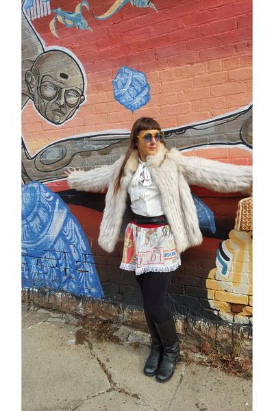 eggshell fox fur vintage coat - black leather Aldo boots - nude vintage purse