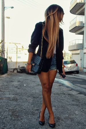 black Zara jacket - navy Levis shorts