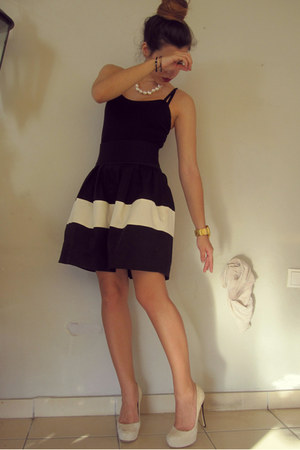 black skirt - ivory Twin Set heels