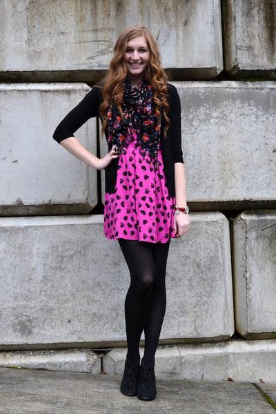black floral Nordstrom BP scarf - hot pink Material Girls dress