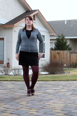 maroon kohls tights - black Banana Republiic dress - heather gray Old Navy cardi