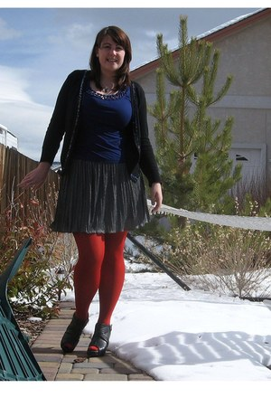 navy banana republic shirt - ruby red HUE tights - heather gray Forever 21 skirt