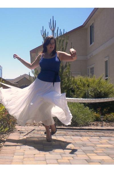 navy banana republic shirt - white Gap skirt - heather gray Candies heels