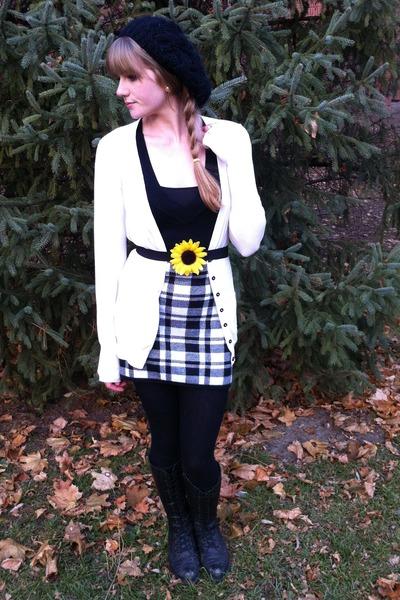 thrifted dress - flower DIY belt