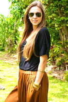 camel Zara skirt - black French Connection shirt - aviator Ray Ban glasses