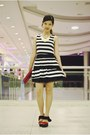 Black-striped-oasap-dress