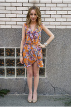 California Style in Floral Wrap Dress