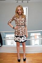 Forever 21 belt - Nine West shoes - London Times Fashion dress