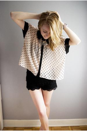 polka dot sheer Forever 21 top - black crochet Urban Outfitters shorts
