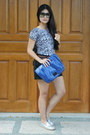 Blue-foldable-clutch-simply-vera-wang-purse-silver-rubi-loafers