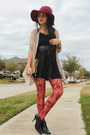 Black-ankle-booties-maripe-boots-crimson-felt-icing-hat
