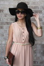 Brown-leather-bag-beige-vintage-dress-dark-brown-velvet-hat