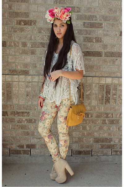 ivory lace Rue 21 top - eggshell platform boots