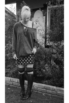 gray Forever 21 skirt - black fashion young sweater - black Nine West boots - bl