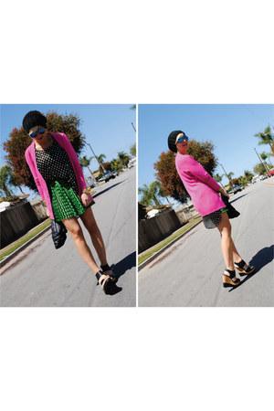 dark green f21 skirt - black f21 blouse - black Steve Madden wedges