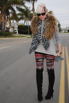 black f21 boots - brick red fashion young leggings - white Lani shirt - silver f