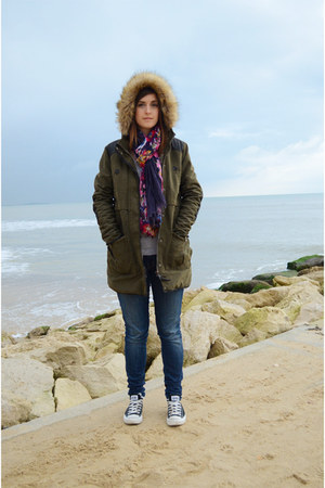 army green parka Zara coat - navy skinny jeans mother jeans
