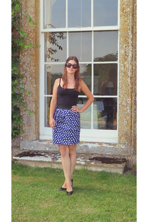 black H&M vest - dark brown Chanel sunglasses - blue polka dot Oasis skirt