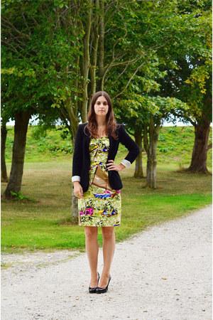 lime green Jigsaw dress - black Zara blazer - black Christian Louboutin heels