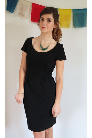 black TU clothing dress - teal TU clothing necklace