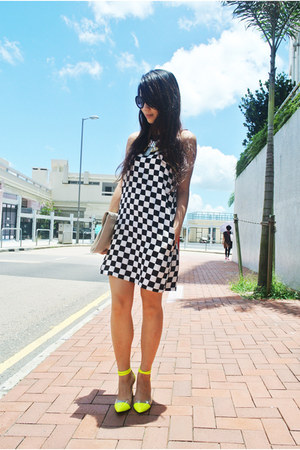 black Zara dress - yellow thrifed heels