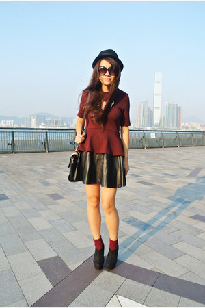 black leather H&M skirt - black Marc by Marc Jacobs bag - brick red H&M socks
