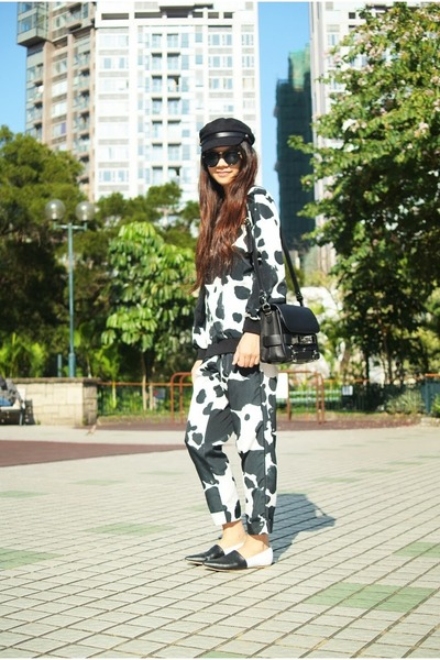 black cow print Topshop sweatshirt - cow print Topshop pants