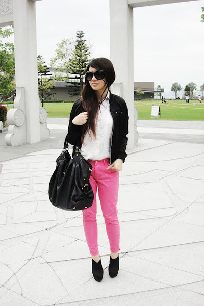 black vintage jacket - bubble gum Zara pants