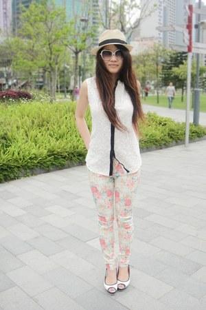 white lace Zara top - peach floral zar pants