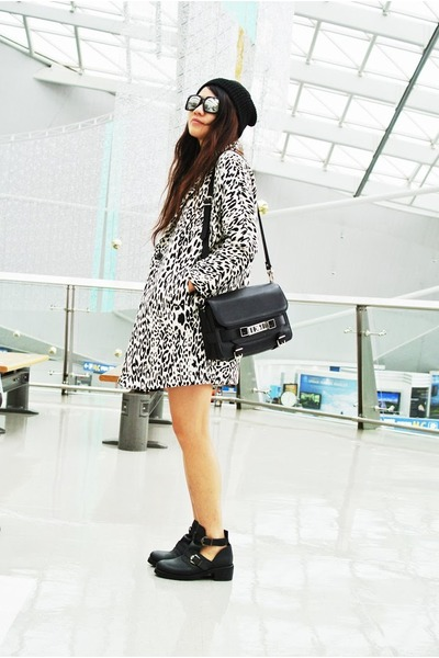 off white leopard Zara coat - black cutout Topshop boots