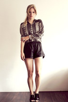 beige Zara blouse - black leather H&M shorts - black leather vagabond sandals