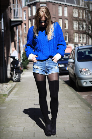 blue H&amp;M sweater - blue Zara shorts - black rascal heels
