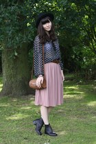black boots - polka dot blouse - pink midi skirt