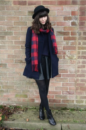 navy coat - navy sweater - black leather skirt