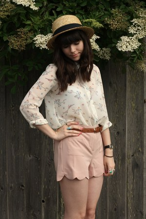 light pink scalloped shorts - bird print blouse