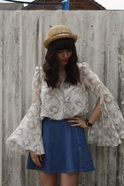 floral blouse - denim skirt