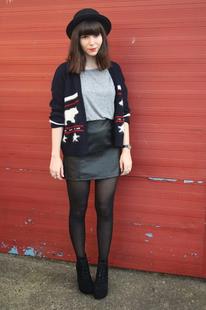 navy cardigan - black leather skirt - heather gray t-shirt