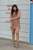 light pink lace vintage dress - black strappy Messeca heels
