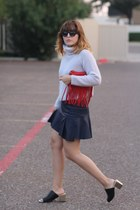 periwinkle knitted Zara sweater - red fringe vintage bag