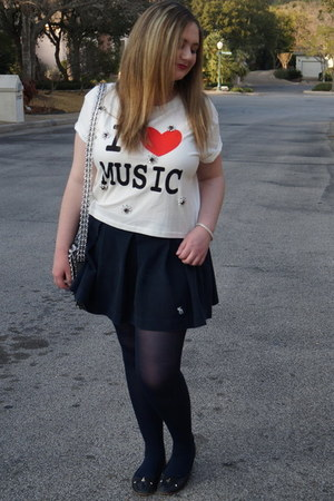 white graphic tee Forever 21 t-shirt - navy sheer HUE tights