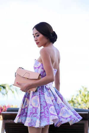 periwinkle Zimmermann dress - light pink clutch Alexander Wang bag