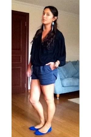 blue Streets of Ankara shoes - black willi smith shirt - navy thrifted shorts