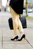 gold glitter Obviously Chic leggings - black oversized Aldo purse