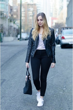 black high-waisted American Eagle jeans - black leather jacket Vero Moda jacket
