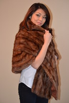winter glam fur chic coat - fashion so glam A LA WARM cape
