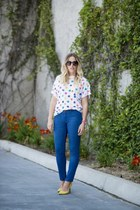 dl1961 jeans - thrifted shirt - rachel rachel roy heels